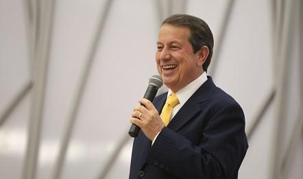 R. R. Soares prega a Palavra na capital paranaense nesta segunda-feira, 12 de dezembro.