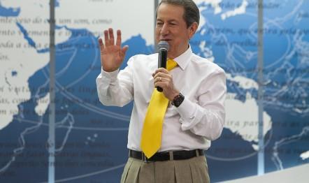 R. R. Soares realiza Seminário na capital paulista e reunião especial no Paraná.